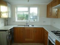ENFIELD DOUBLE ROOMS TO LET ***AVAILABLE NOW