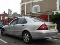 /// MERCEDES BENZ C220 CDI /// 6 SPEED DIESEL /// 52 PLATE /// BARRRGAINNN ///