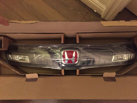 Brand New GENUINE Honda Civic Type R Rear Light Panel logo tailgate 33701SMTE01
