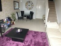 WOW!! CLEAN AND BRIGHT 2 BED HOUSE WITH PRIVATE GARDEN. WEST DRAYTON UB7... BE QUICK