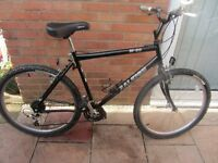 mens raleigh m30 mountain bike with lock £59.00