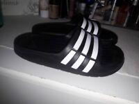 Bnwot adidas sliders kids size 12