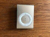 1Gb Silver iPod Shuffle v2