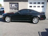 2008 Ford Mustang MANUELLE 6 CYLINDRES 100,000KM!!