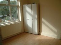 3 bed house available to let on stamford road dagenham