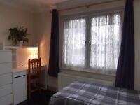 Room to let, 5 minutes walk to Motspur Park Station