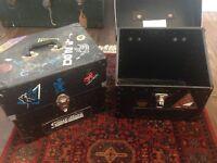Vinyl record boxes (2x)