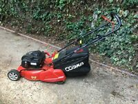 46 cm Cobra self propelled petrol lawn mower