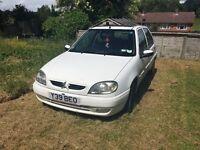 2001 5 door white Citroen Saxo