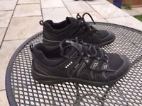 ECCO TERRACRUISE LADIES size 40 - Worn once so couldn't return