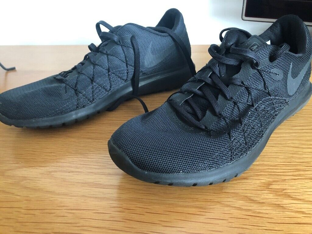 4748092223f7 Nike Free Run size 7.5 mens
