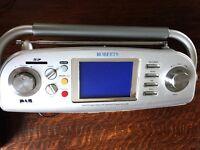 Roberts DAB/FM radio