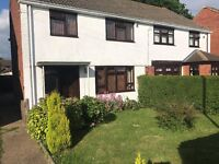 Single & Double Rooms to let Crawley/Gatwick