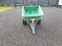 Outdoor Toy Tractor Trailer - £5 ono