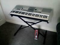 Bargain Yamaha keyboard PSR E413