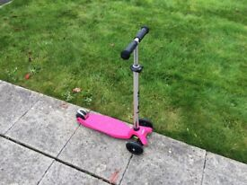 Girl's Pink Micro Scooter