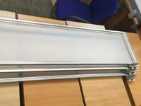 Frosted desk top dividing partitioning screen