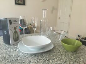 Batch of plates, glasses, bowl. Perfect condition.
