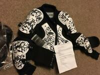 Kids Body Armour age 6 Brand New With Tags