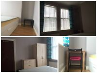 Double Room In Silvertown , Close to station, Free Parking, Ideal for working at London City Airport
