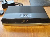 Youview dtr t2100/500g/bt/df ( BT branded )
