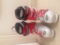 Atomic B-tech J50 Series Ski Boots