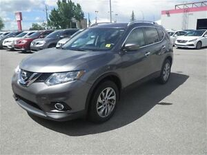 2015 Nissan Rogue SL | AWD | NAV | Leather | Moonroof
