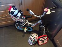 Girls First LuLu Bike with accessories