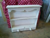 Sweet little shelf unit for upcycle
