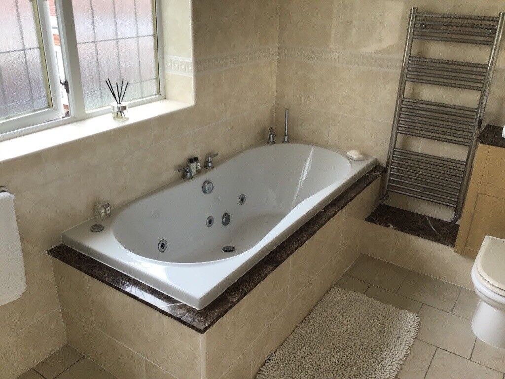 Jacuzzi bath double ended 6 jets | in South Shields, Tyne and Wear ...