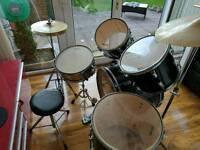 Stagg beginners drum kit