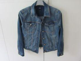 Girls Gap Blue Denim Jacket - Size XL/Age 12 (150cm)