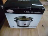 Brand New Swan 1.5 litre slow cooker