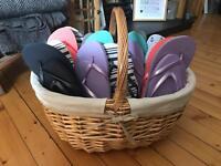 Wedding - wicker basket with 16 pairs of flip flops