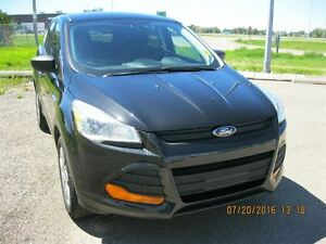2013 Ford Escape S - ECONOMICAL ALL THE WAY AROUND!!