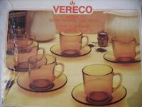Vereco six 8oz brown glass tea / coffie cups and saucers boxed Bargain £6