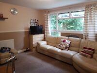 2 bedroom first floor mainsonette to rent in Hillingdon/Uxbridge, Ashdown road UB10
