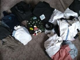 Bundle of teenage boys good clothes & free extras