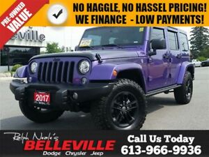 2017 Jeep WRANGLER UNLIMITED Rare Find ! NAV- Heated Seats - Hit
