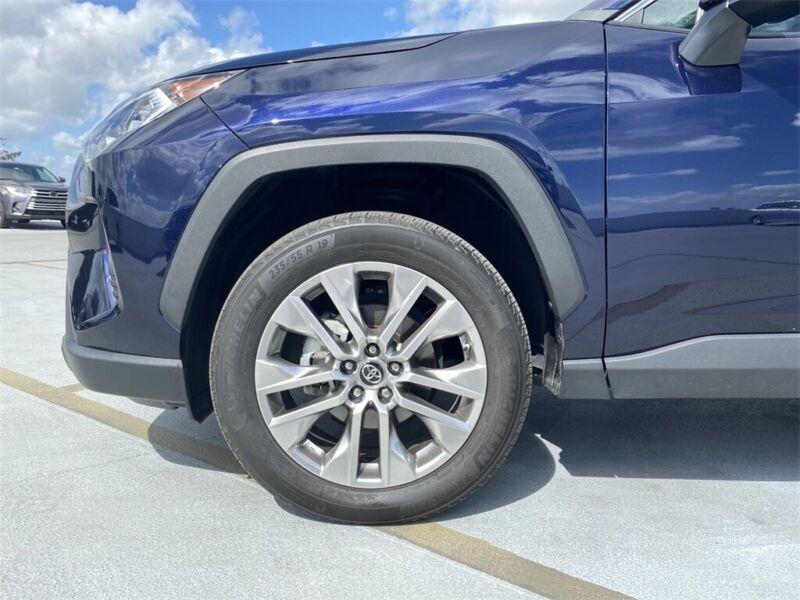 Image 11 Voiture American used Toyota RAV4 2019