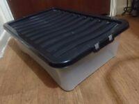 Storage Underbed Box (60x40x17 cm) (good condition)