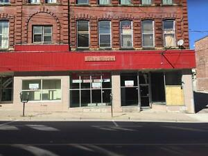 *** Prime Retail Space On Union Street, Great Exposure! ***