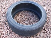 225 40 18 92W XL APLUS A607 TYRE WITH RIM PROTECTION used - good condition 5mm