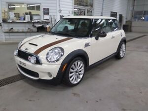 2010 Mini Cooper toit rigide Édition S MAYFAIR