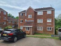 1 bedroom flat in Jasper House, Worcester Park, KT4 (1 bed) (#1068360)