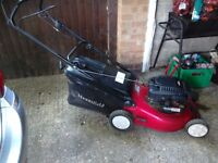 Mountfield petrol self-propelled rotary lawn mower with grass box 4 stroke engine starts first time