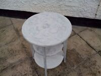 pound small table