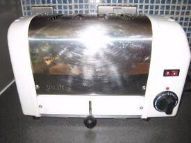 Toaster - Four Slice - Dualit