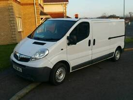 56 REG VAUXHALL VIVARO SIX SPEED £2950 NO V.A.T