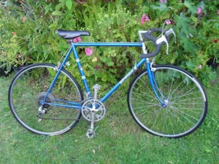 Mens 27 inch Vintage Road Bike